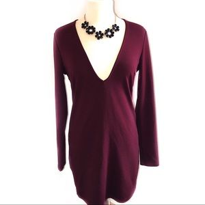 TOBI Low Cut / V-Shape Long Sleeve Maroon Dress L